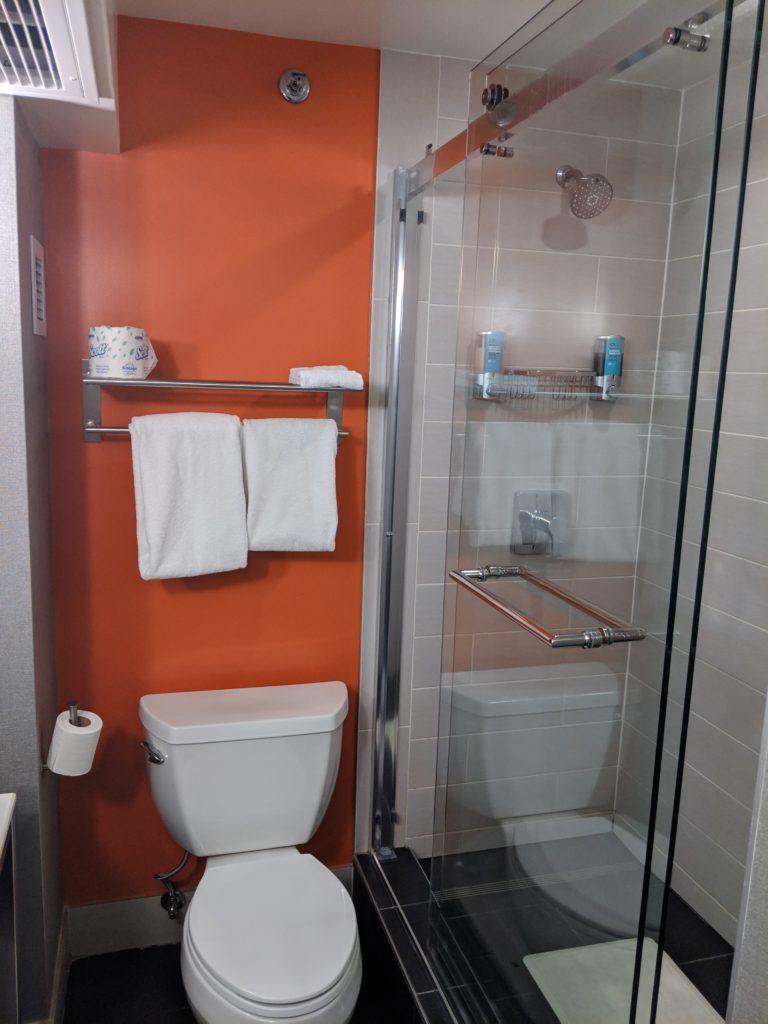 Aloft El Segundo Bathroom
