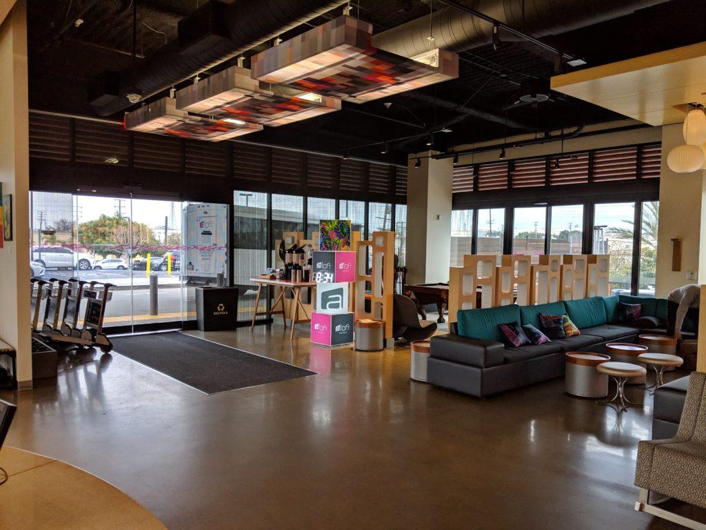 Aloft El Segundo WXYZ Lounge