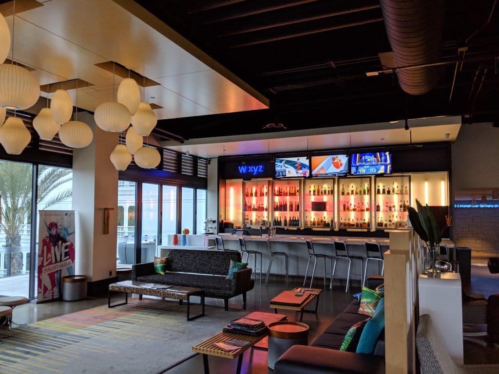 Aloft El Segundo Lounge